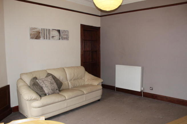 1 bedroom apartment to rent in craigie street govanhill g42 for Living room kilmarnock