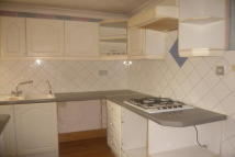 2 bedroom Flat to rent in Masefield Drive, Tamworth