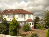 3 bed semi detached house in Beavers Lane, Hounslow...
