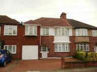 5 bedroom semi detached house for sale in Eton Avenue, Heston, TW5