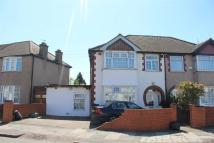 4 bedroom semi detached property for sale in Scotts Road, Southall...