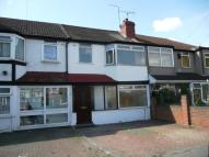 3 bed semi detached home in Balmoral Drive , Hayes