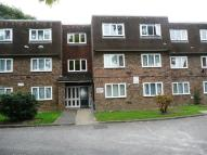 1 bed Flat to rent in Vicarage Farm Road...
