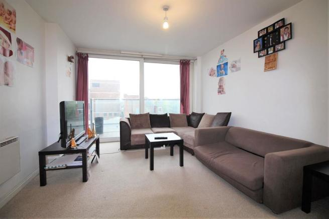 Lounge & Private Balcony