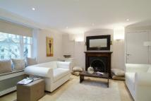 Flat to rent in Ovington Square, London...