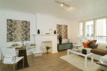 1 bedroom Flat to rent in Rose & Crown Yard...