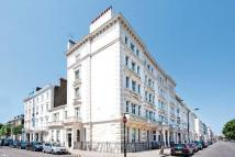 1 bedroom Flat in Warwick Square, London...