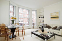 2 bedroom Flat to rent in Chiltern Street, London...