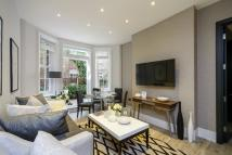 Flat in Pater Street, London, W8