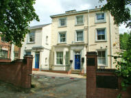 5 bed Town House to rent in 190 Mansfield Road...