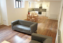 1 bedroom Flat to rent in Hockley Point...