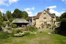 5 bed property for sale in The Hollow...