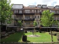 2 bedroom Flat in ASPEN COURT