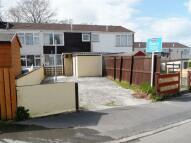 3 bed Terraced property in Glan Ffynnon, Tregynwr...