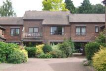 Apartment to rent in Marlow Bridge Lane...