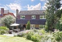 5 bedroom Detached house to rent in Hillside Road, Marlow...