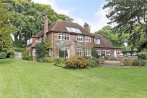 5 bedroom Detached house in Henley Road, Marlow...