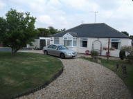 3 bed Detached Bungalow for sale in Grove Crescent...