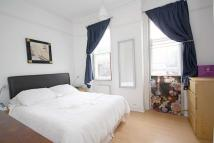 Flat to rent in Hauteville Court Gardens