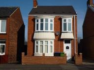 3 bedroom Detached property in Barnfield Road...