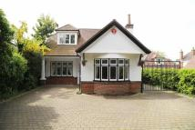 3 bed Detached property in Muscliffe Lane...