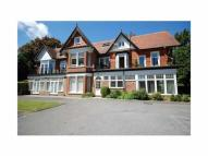 Flat to rent in Pinewood Road, Poole...