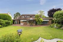 5 bedroom Detached home for sale in Lone Pine Drive...