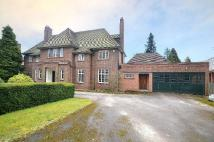 6 bedroom Detached property in Wellington Road...