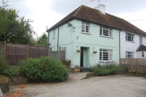 3 bed semi detached house in Alresford