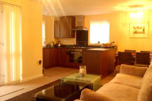 2 bed Apartment for sale in Heol Cae Tynewydd...