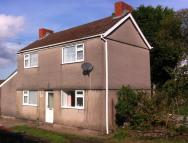 3 bedroom Detached house in Heol Las, Birchgrove...