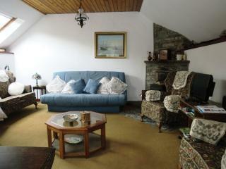 Detached Cottage - Living Room