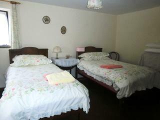 Detached Cottage - Bedroom