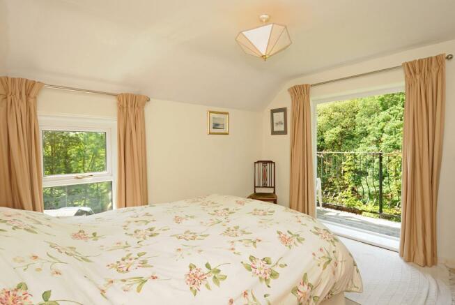 Bedroom 5 with Balcony