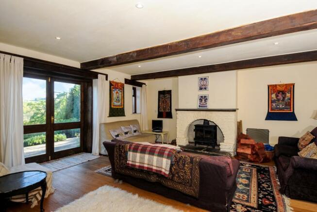 Living Room ( Annexe)