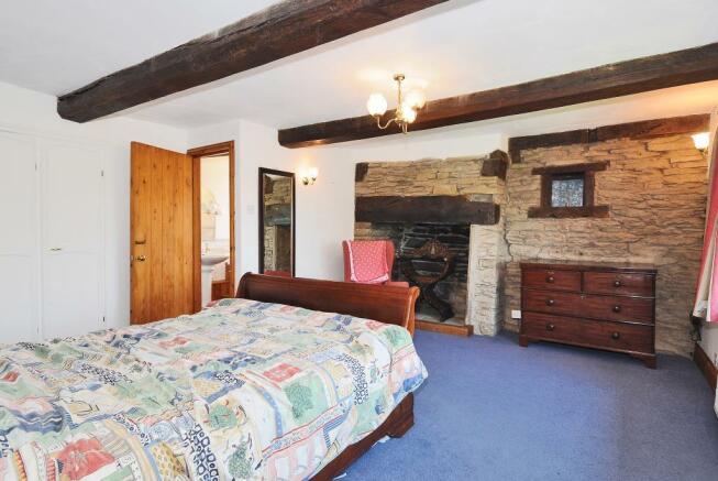 Bedroom2 with en suite