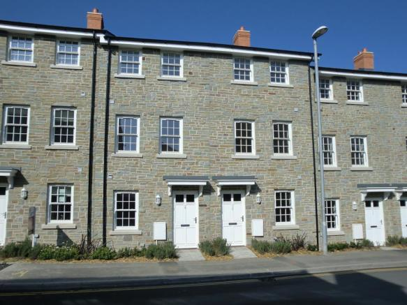 Tradtional stone house with a high specification