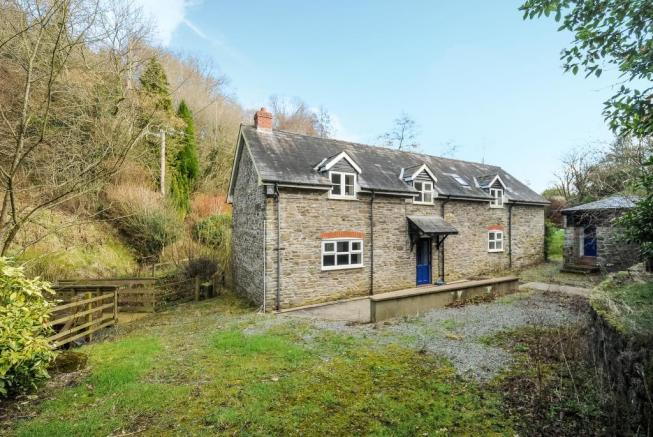 Detached stone cottage recently refurbished