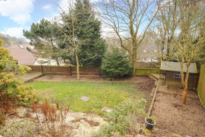 Mature level gardenwith lawn and borders