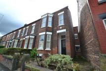 1 bedroom End of Terrace house in Dickenson Road...