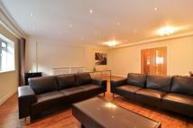 3 bedroom Flat in Hatton Garden...