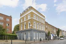 Flat for sale in Balls Pond Road...