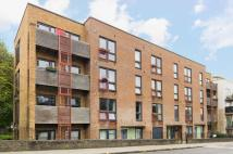 Flat for sale in Phelps Lodge...