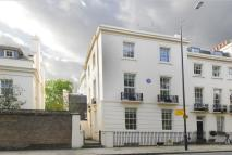 Town House to rent in Albany Street...