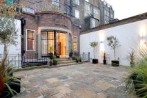8 bedroom Town House in Weymouth Street...