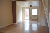 Terraced property to rent in PORT LANE, Colchester...