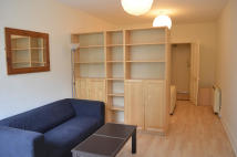 Studio flat in MALDON ROAD, Colchester...
