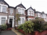 1 bed Apartment to rent in Kensington Gardens...