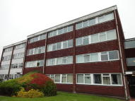 2 bed Maisonette in Long Green, Chigwell, IG7