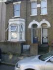1 bedroom Flat in Vicarage Road, London...
